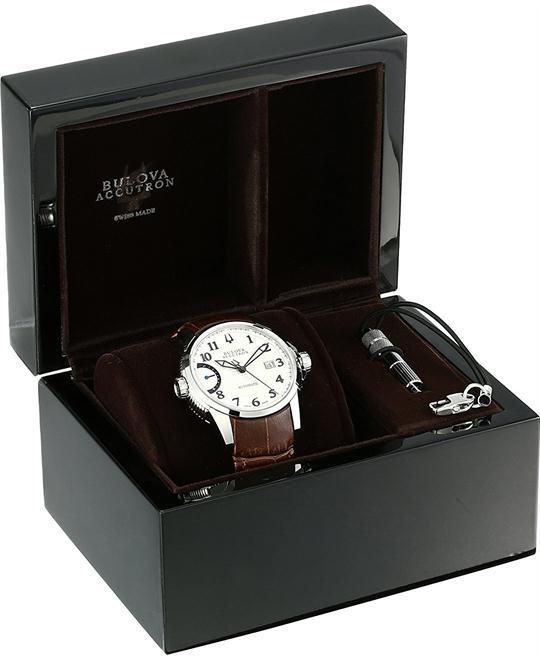 Bulova Accutron CALIBRATOR Automatic Watch 43mm
