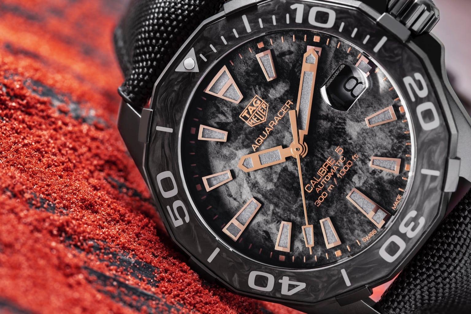 đồng hồ TAG-Heuer-Aquaracer-Carbon