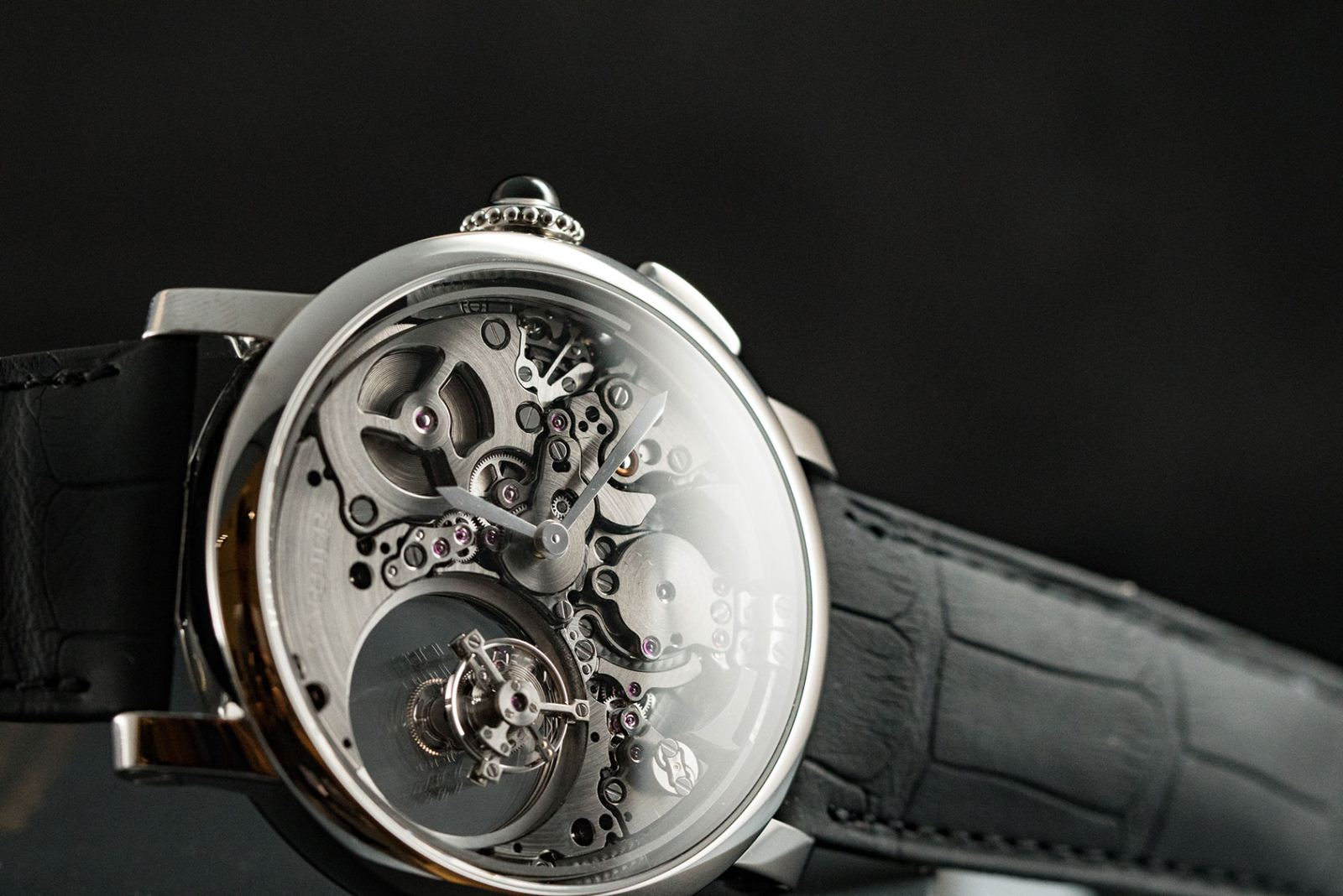 Đồng hồ Cartier Double Tourbillon Mysterious