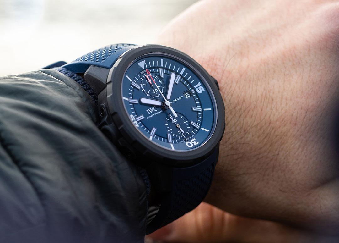 Một mẫu đồng hồ lặn IWC Aquatimer với phong cách Super Compressor được cải tiến thêm tính năng chronograph
