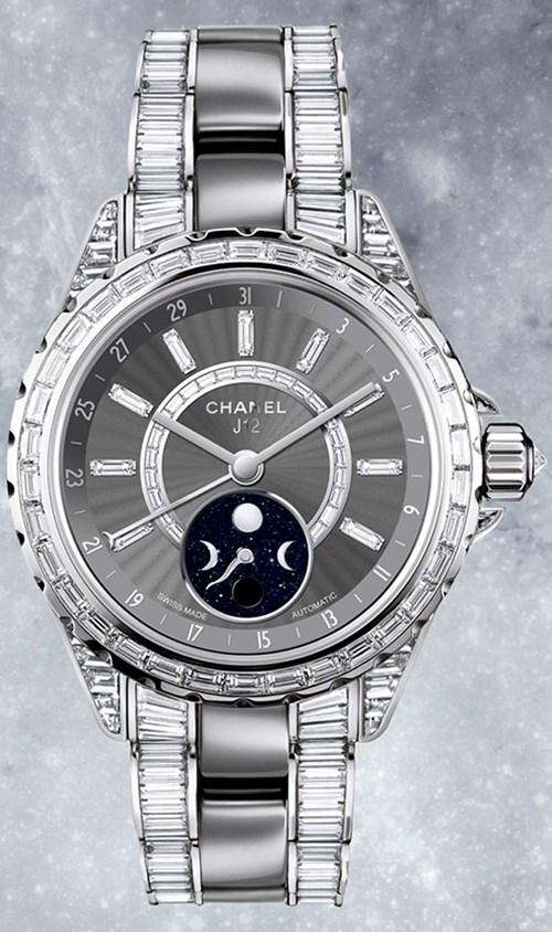CHANEL J12 MOONPHASE - Biểu tượng đồng hồ đầu tiên của thế kỷ 21