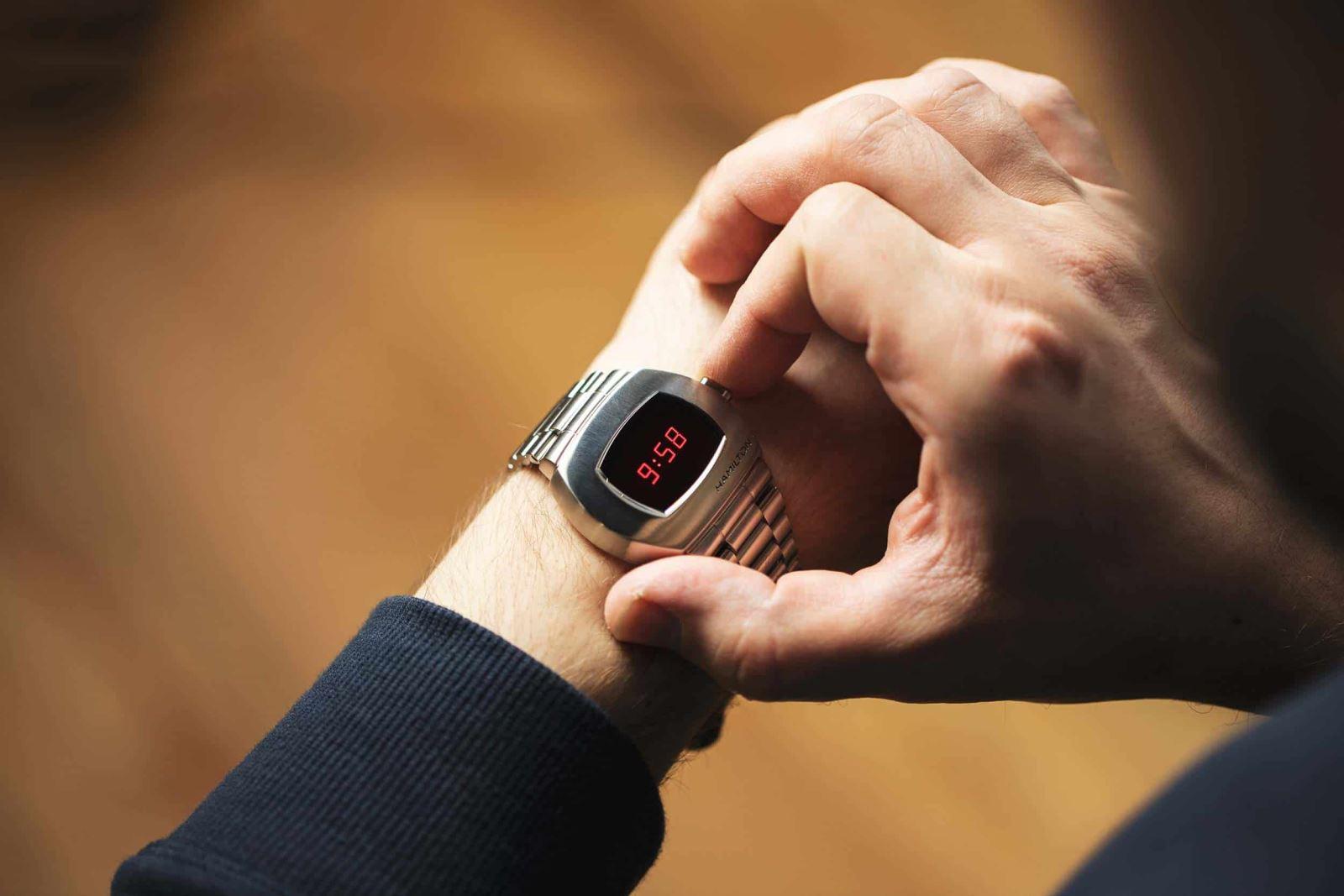 đồng hồ điện tử Hamilton PSR LED 2020