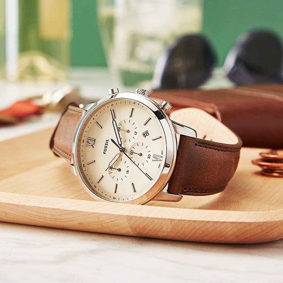 đồng hồ fossil Neutra