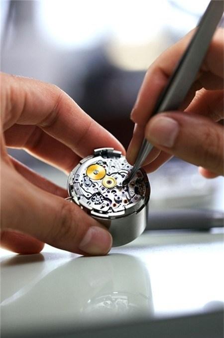 Trụ sở sản xuất đồng hồ hiệu Rolex