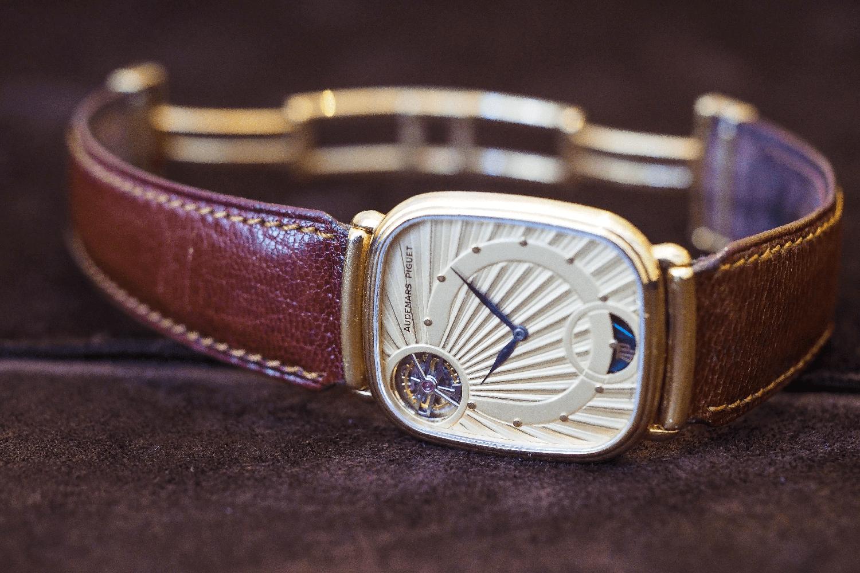 đồng hồ tourbillon Audemars Piguet siêu mỏng Cal.2870 siêu mỏng, năm 1986