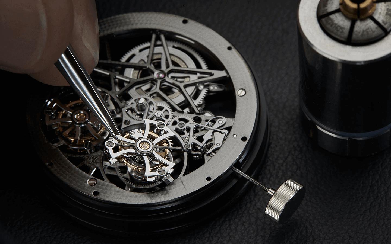 đồng hồ tourbillon có thực sự hữu dụng không