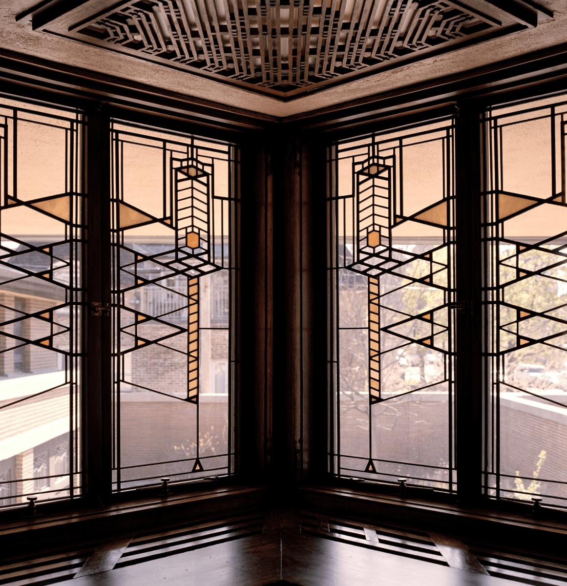 Khung cửa sổ đặc trưng được thiết kế bởi F.L.Wright