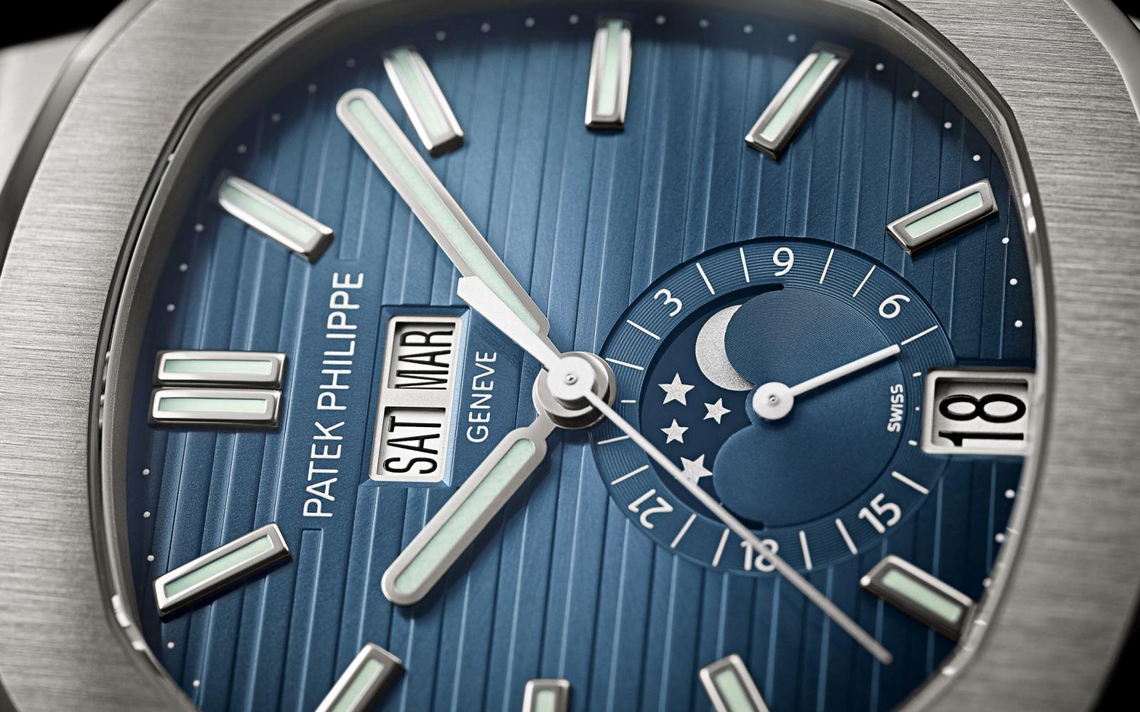 đồng hồ Patek Philippe Nautilus 5726/A1