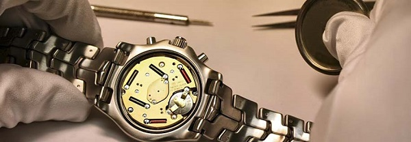 Pin đồng hồ hiệu - luxshopping.vn